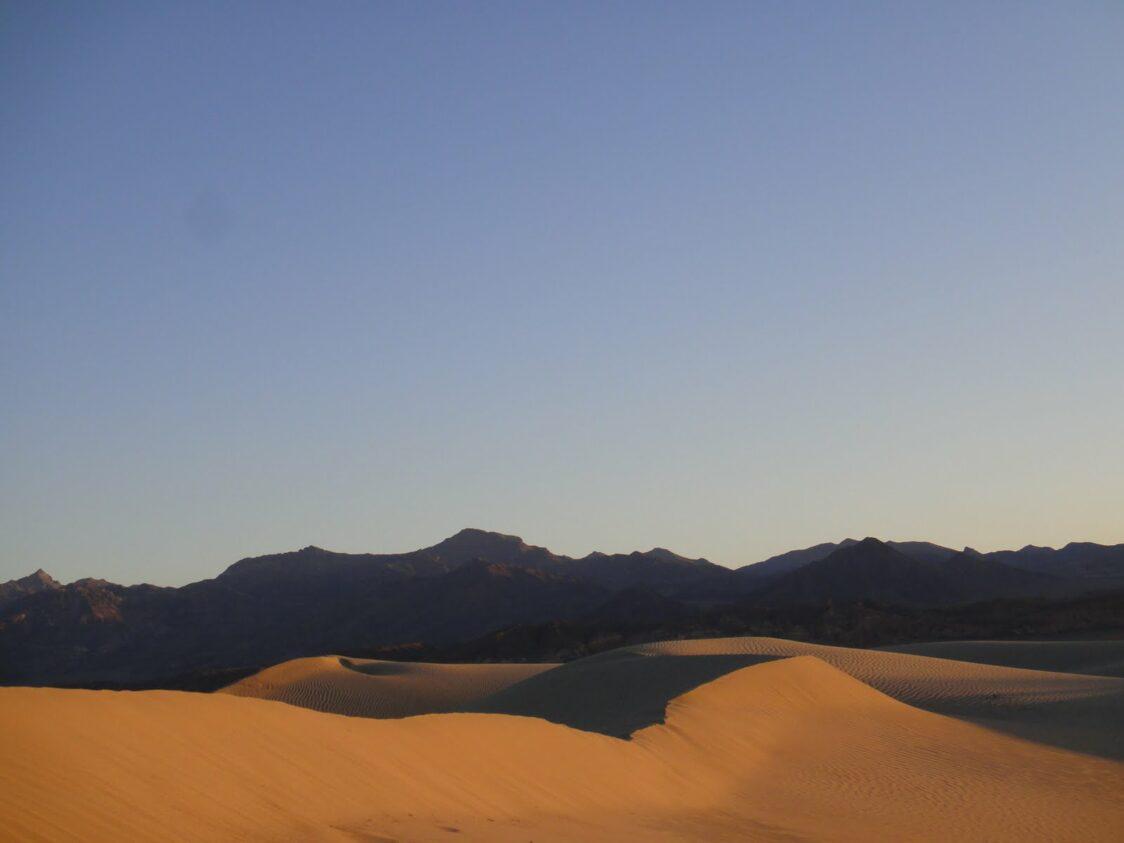 playground-earth-deathvalley-dunes
