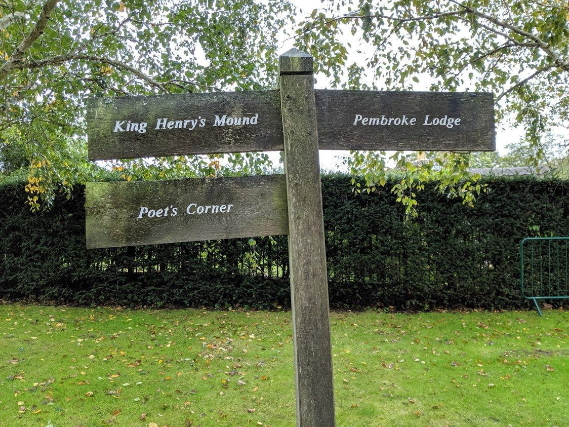 Playground Earth | Richmond Park l Sign